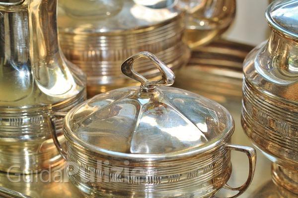 Come pulire l 39 argento con quello che hai in casa - Come pulire argento in casa ...